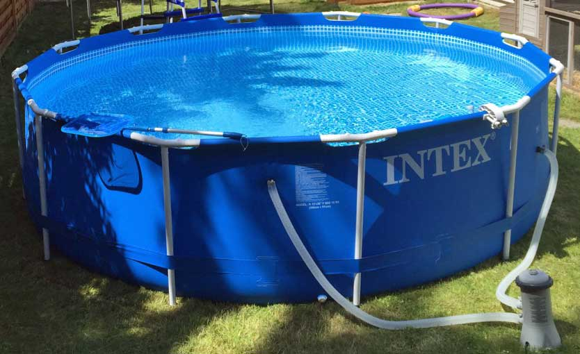 Intex swimmingpool set mit pumpe filter erfahrung for Pool garten gunstig
